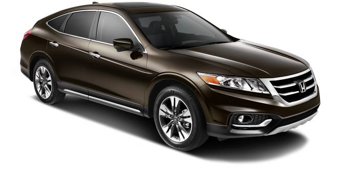 2013 Honda Crosstour gets a new look and price.