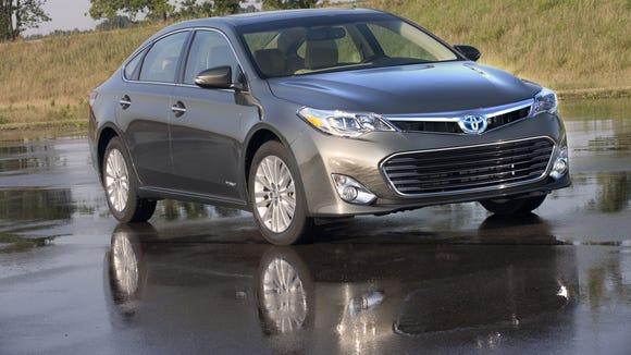 Drive On: Bamboozled by a Toyota Avalon Hybrid