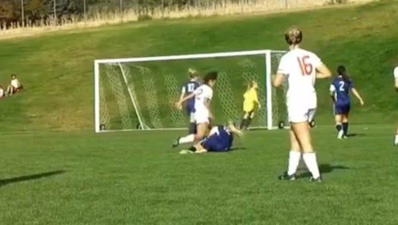 2012-10-16 soccer kick
