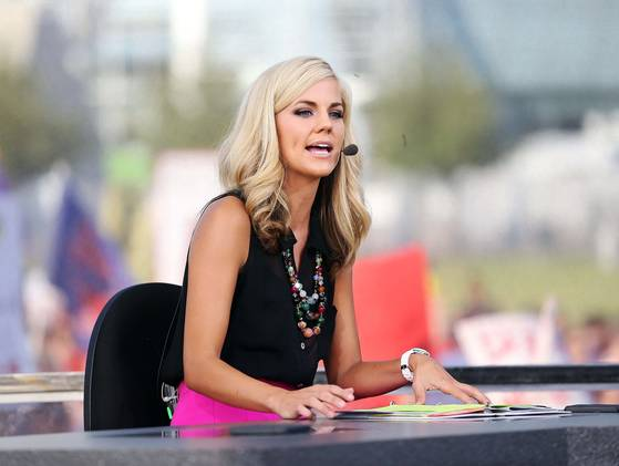 ponder dating espn reporter Samantha sainte-claire ponder is an american espn sideline reporter for college basketball games on espn and the host on college gameday she studied at central high school in phoenix and enrolled at the king's college in new york city.
