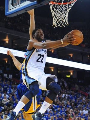 Memphis Grizzlies small forward Rudy Gay (22) dunks the ball against the Golden State Warriors during the first quarter at ORACLE Arena.