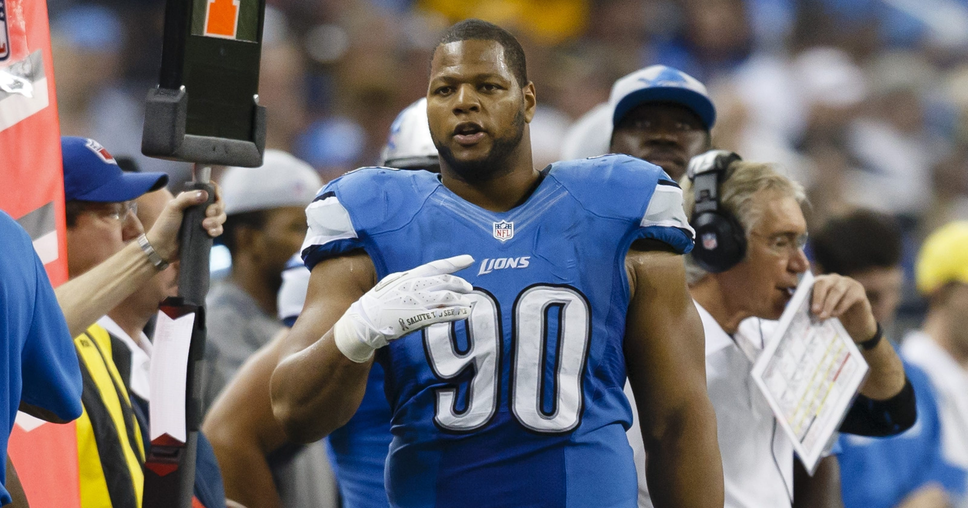 low priced 335b0 b065d Ndamukong Suh will not be suspended for hit on Matt Schaub