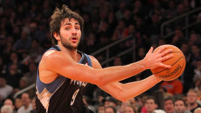 Timberwolves guard Ricky Rubio drives to the basket against the Knicks on Dec. 23.