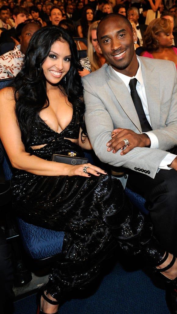 Vanessa, Kobe Bryant call off divorce via social media