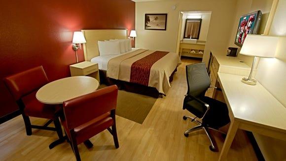 Hotel websites embrace TripAdvisor, bad reviews and all