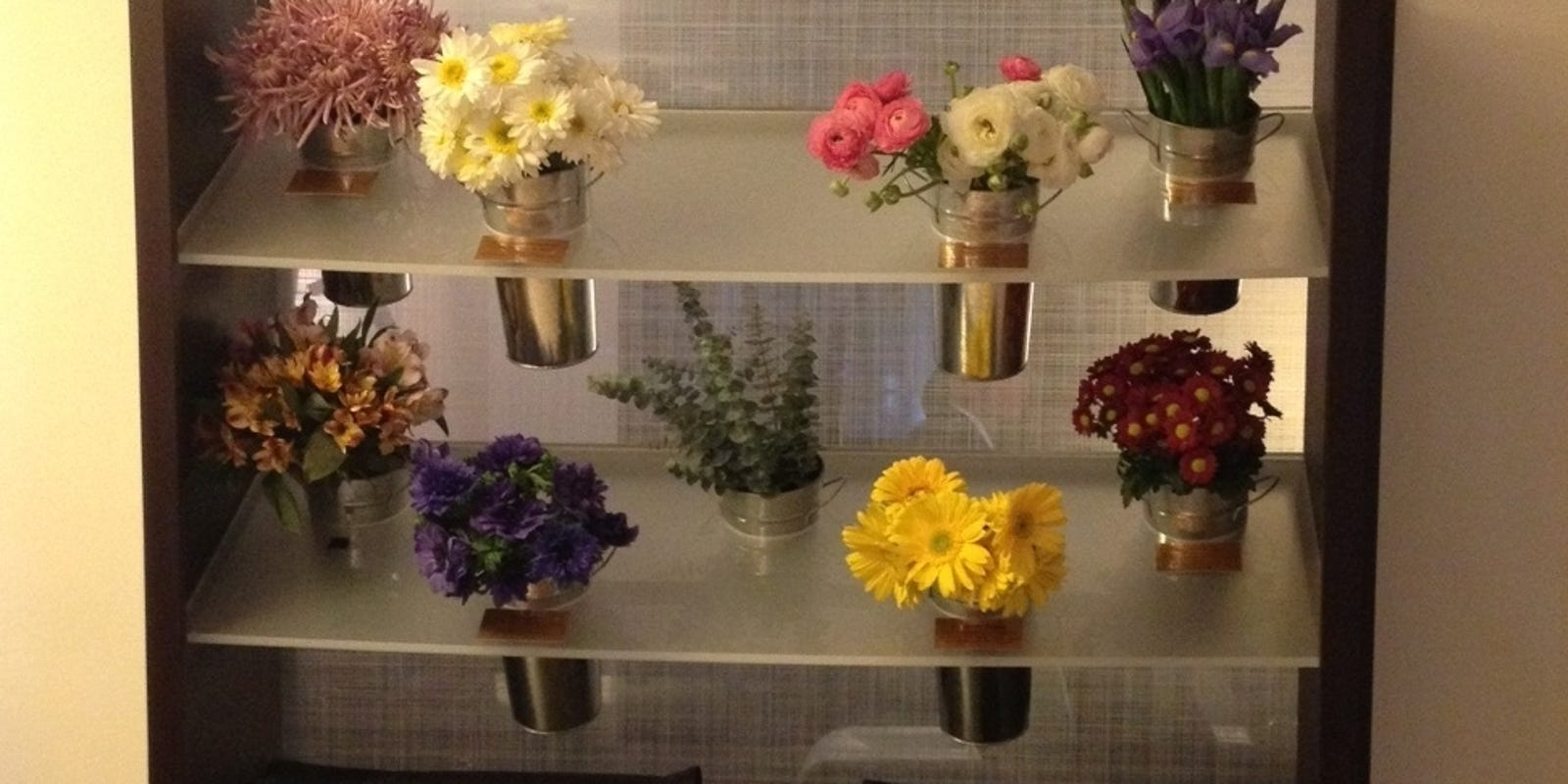 Hotels Let Guests Customize Rooms With Flowers More