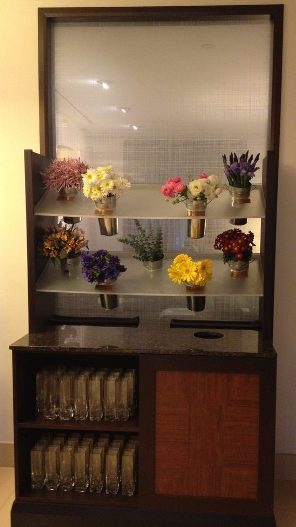 hyatt flower cart