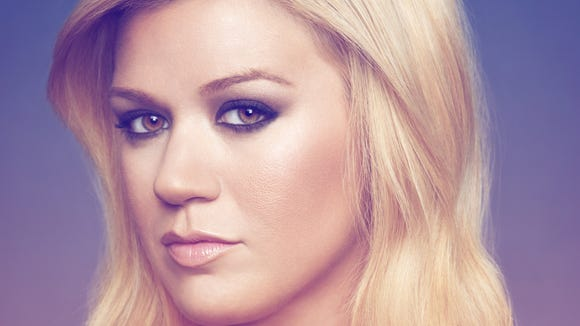 Kelly Clarkson has sold a million copies of her 'Stronger' album.