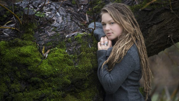 """Crystal Bowersox will release her album """"All That for This"""" on March 26."""