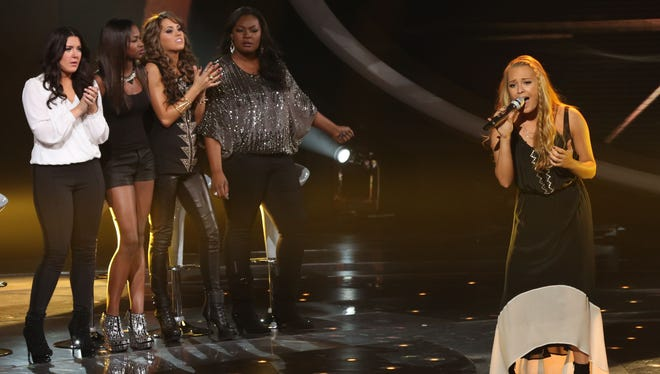 AMERICAN IDOL: Janelle Arthur is eliminated on AMERICAN IDOL Thursday, April 18, on FOX. Pictured L-R: Kree Harrison, Amber Holcomb, Angie Miller, Candice Glover and Janelle Arthur.