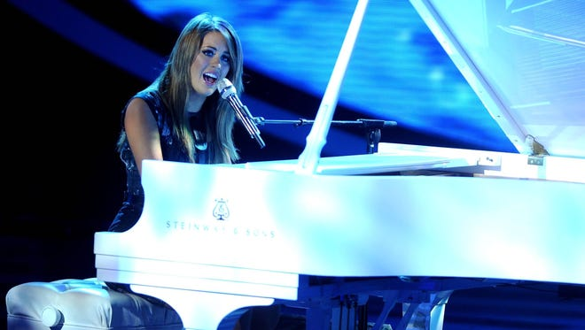 Angie Miller performs on 'American Idol.'