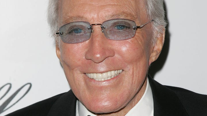 Legendary crooner Andy Williams dies at 84