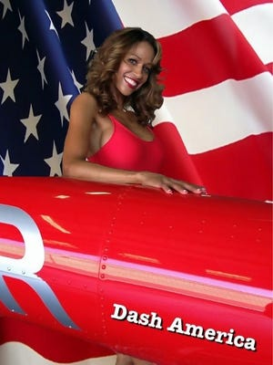 'Cluless' actress Stacey Dash shares a patriotic photo of herself.