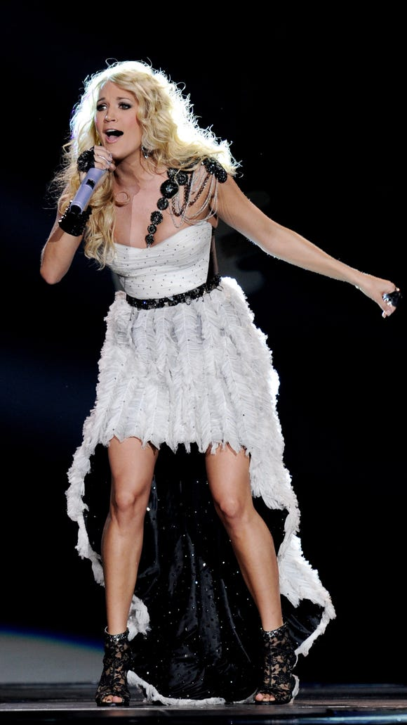 c52b5f9f42 Carrie Underwood s concert look  Love it or leave it