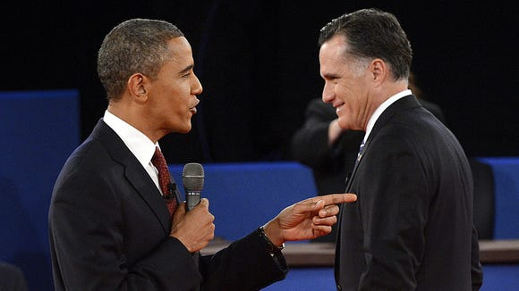 debate-pointing