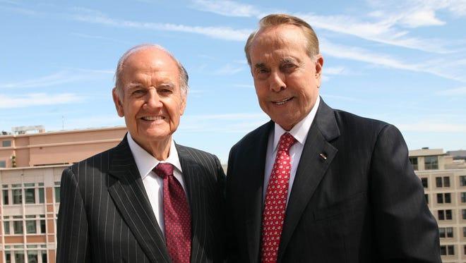 Former senators George McGovern, left, and Bob Dole were awarded the 2008 World Food Prize.