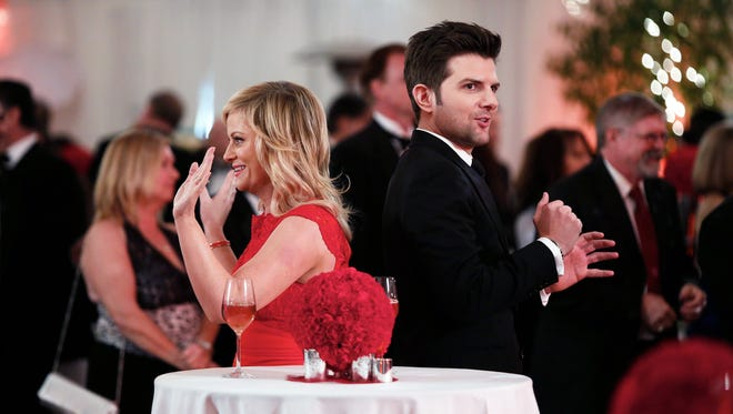Amy Poehler and Adam Scott on 'Parks and Recreation.'