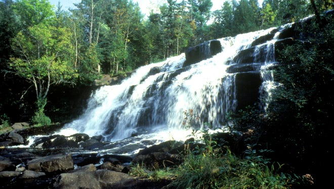 Bond Waterfalls, on the branch of the Ontonangon River, has a drop of about 50 feet and a picnic area at the top.