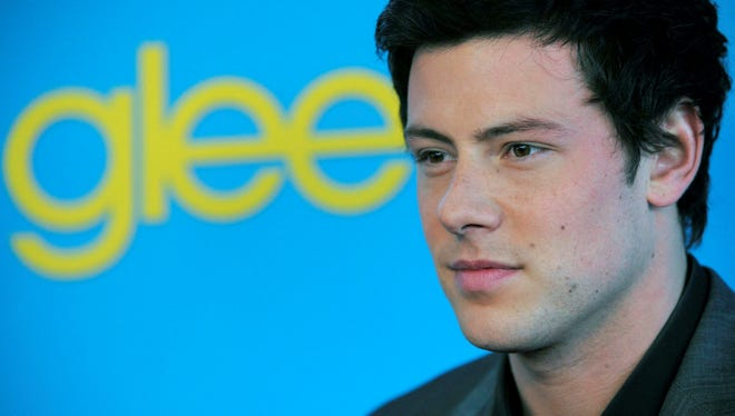 "Fox's 'Glee' tribute episode will ""deal directly"" with actor Cory Monteith's drug-overdose death."
