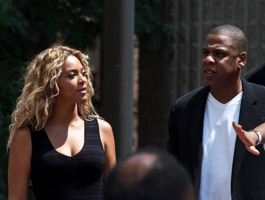 Jay Z and Beyonce rally