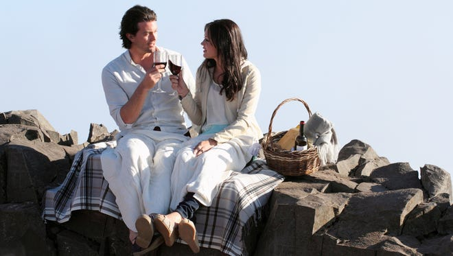 Brooks and Desiree have a picnic on a mountain during the July 8 episode.
