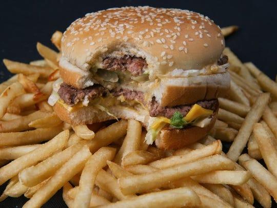 fast food 40033247.JPG