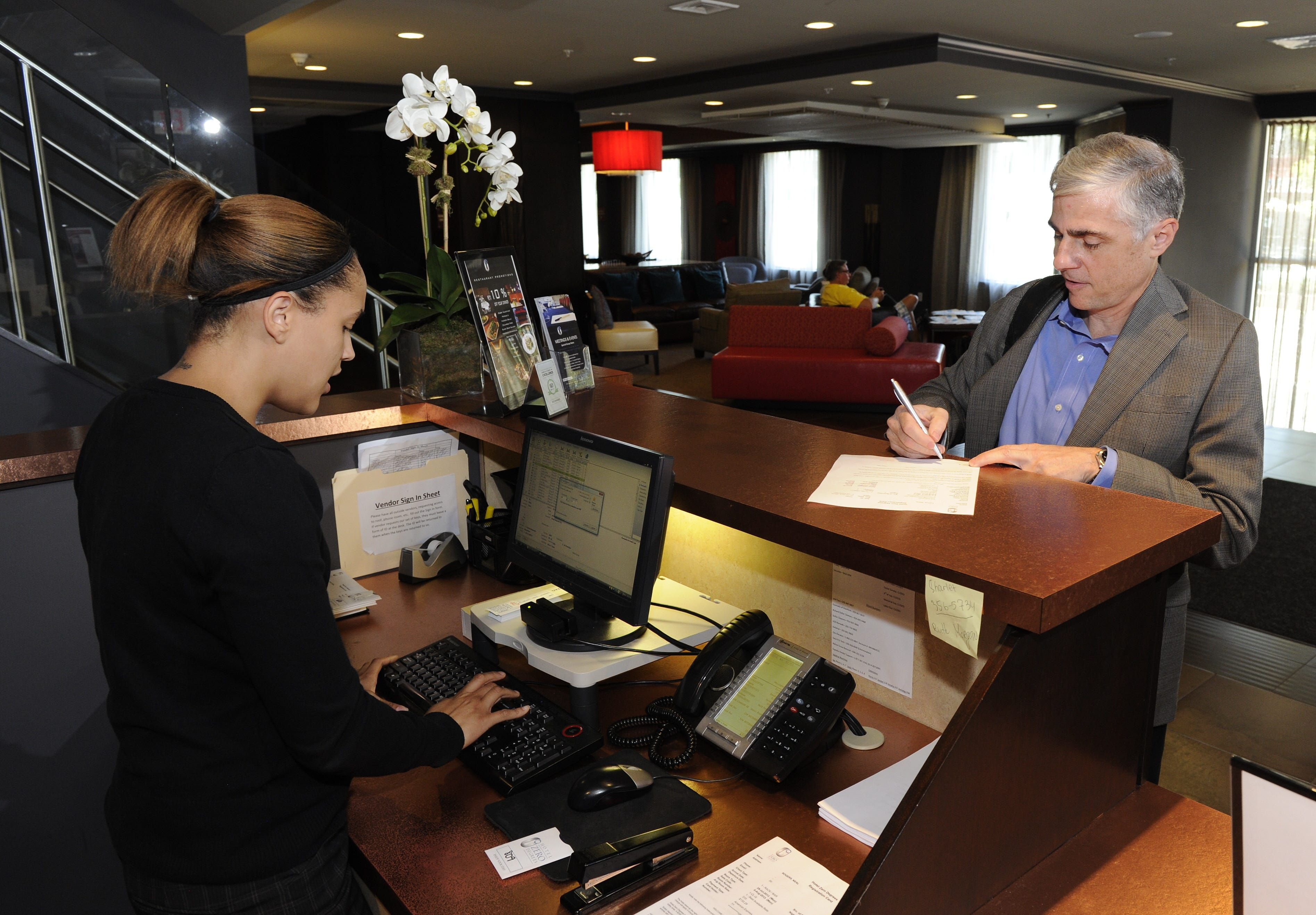 Hotel front desk secrets: 9 ways to improve your stay | USA Today