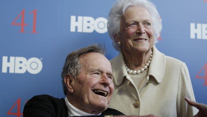 Former president George H.W. Bush and wife, Barbara Bush.