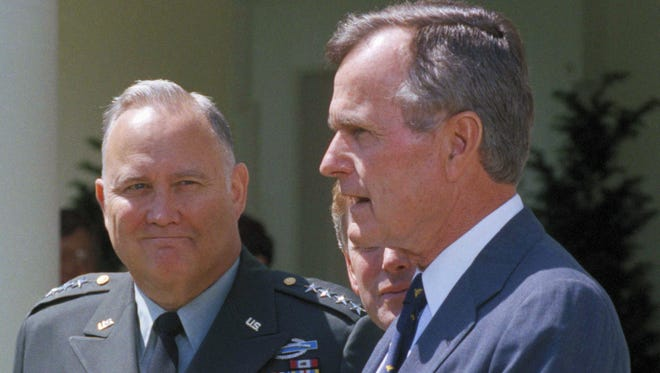 Gen. Norman Schwarzkopf and President George H.W. Bush in 1991.