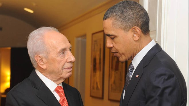 President Obama and Shimon Peres in 2011
