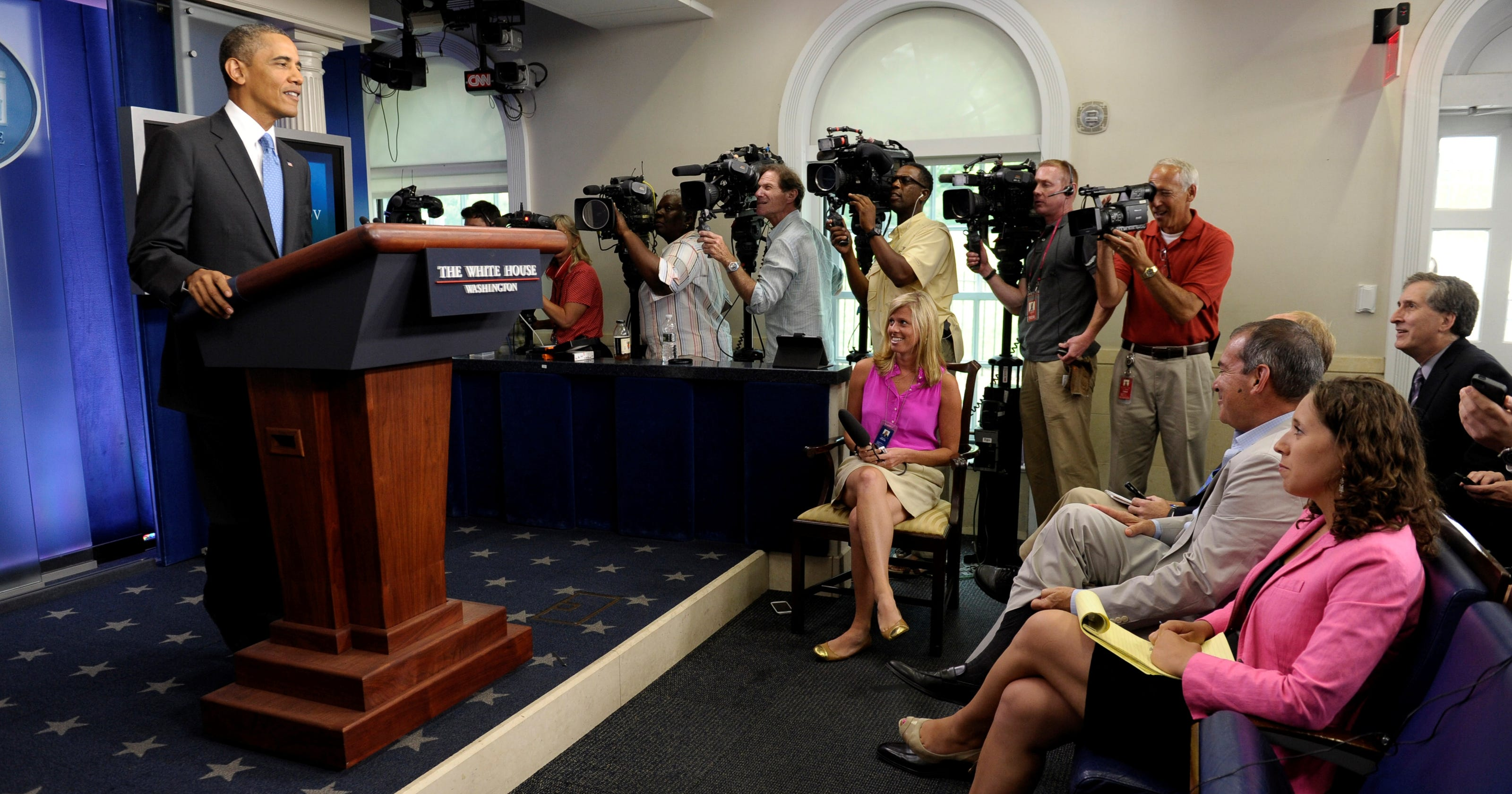 Former Obama aide: End daily televised press briefings