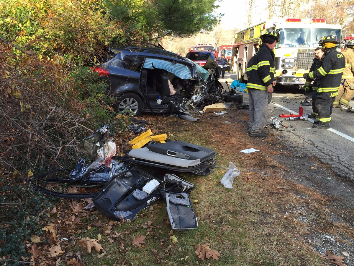 2 victims in fatal Southeast crash identified