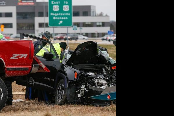 /presto/2018/12/04/PSPR/f8b5297f-39a1-45a2-b75b-e9a68c74a74e-accident2 jpg