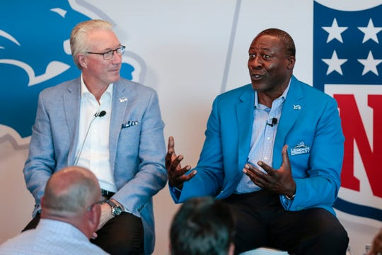 Detroit Lions legend Lomas Brown answers questions during the Detroit Lions Fan Forum at Ford Field on Aug. 22, 2017.