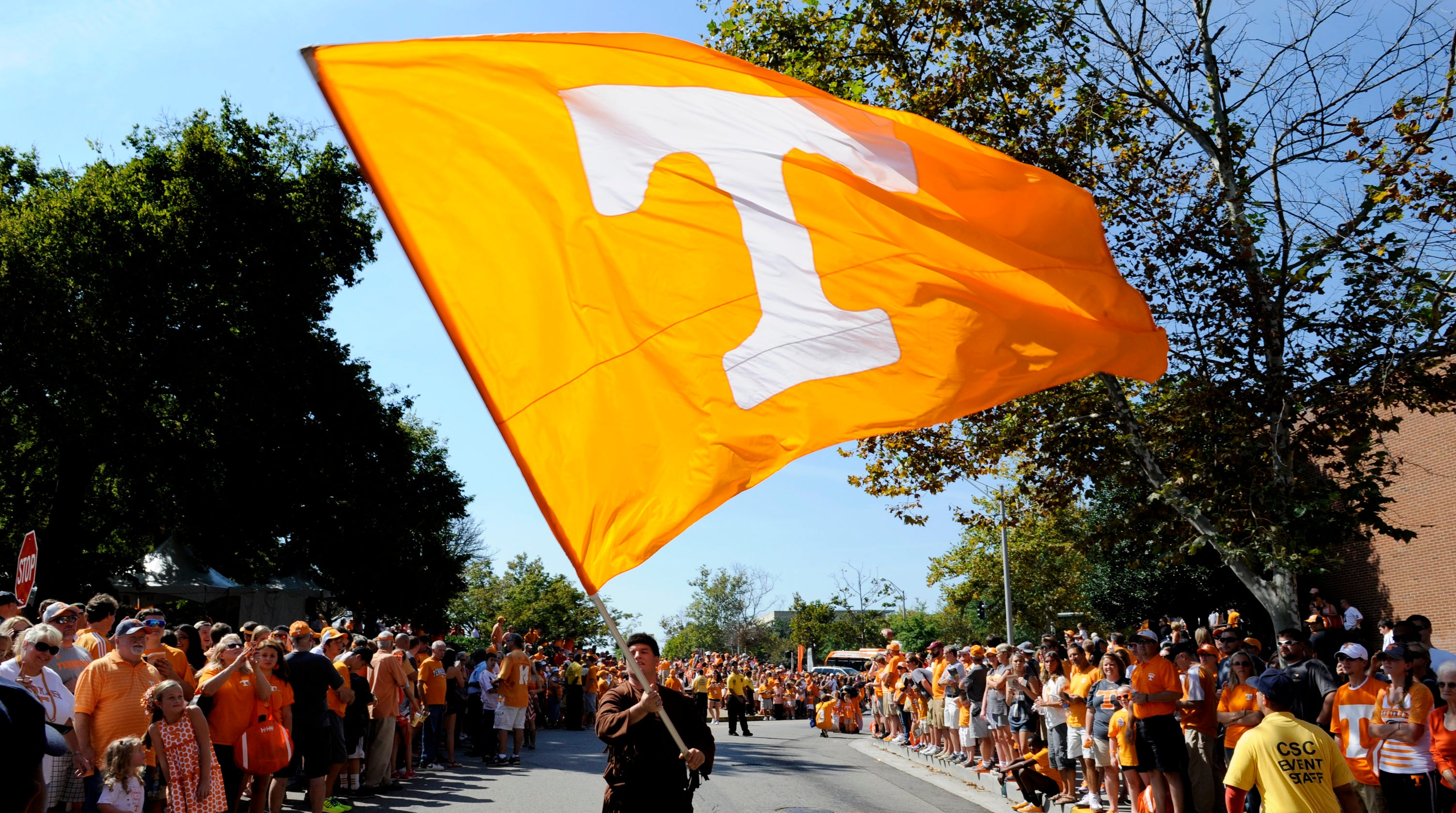 UT Vols fan guide: What to know about tickets, parking, Vol