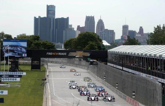 Cars start the Verizon IndyCar Championship race at the Chevrolet Detroit Grand Prix Saturday, June 3, 2017 on Belle Isle in Detroit.