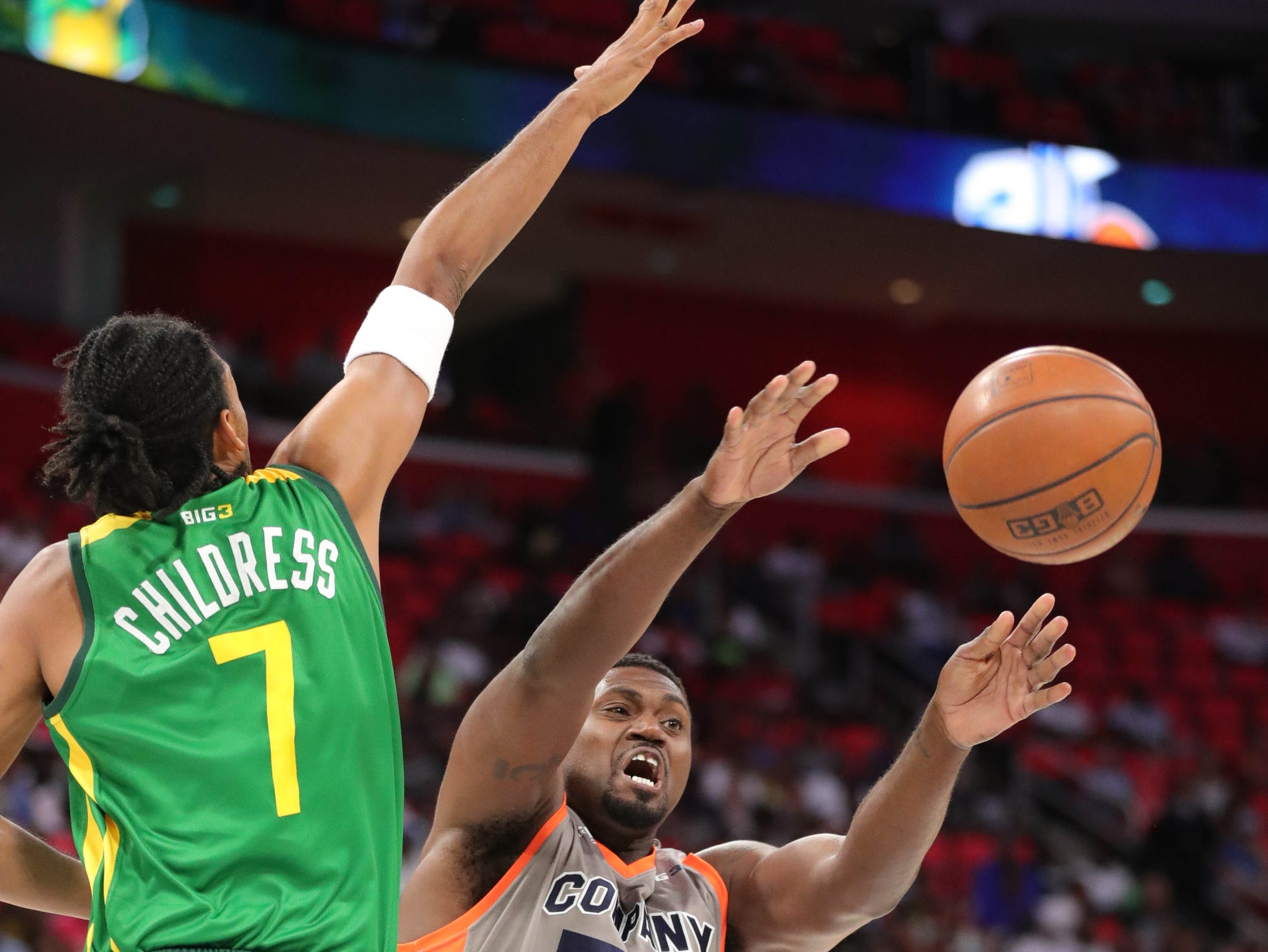 Ball Hogs Josh Childress defends against 3s Company's Jason Maxiell during BIG3 action on Friday, July 13, 2018 at Little Caesars Arena in Detroit.