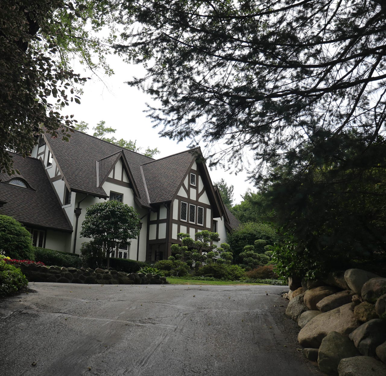 Tudor mansion in Bloomfield Hills Indian Mound subdivision