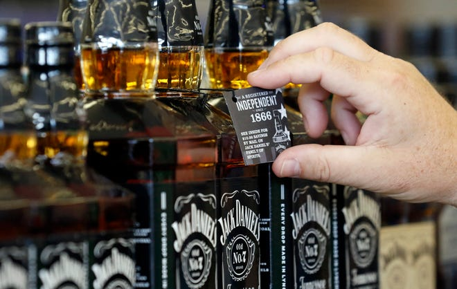 The West Monroe Board of Aldermen is set to consider Sunday alcohol sales at its Tuesday night meeting.