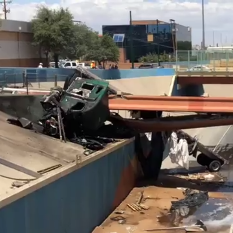 I-10 overpass beams break, traffic backs up severely after closures from crash