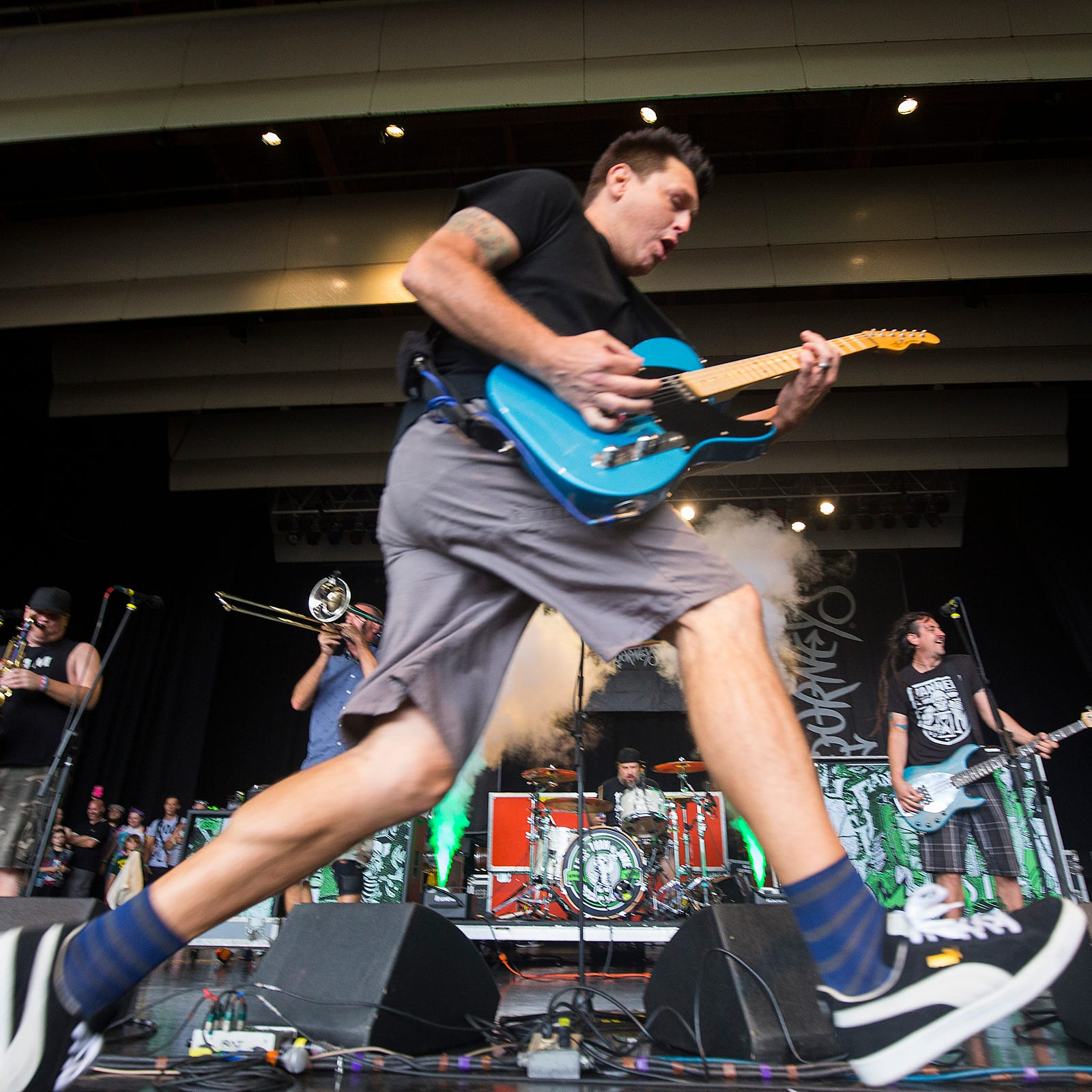 Warped Tour brings rock with a side of nostalgia on final Detroit stop