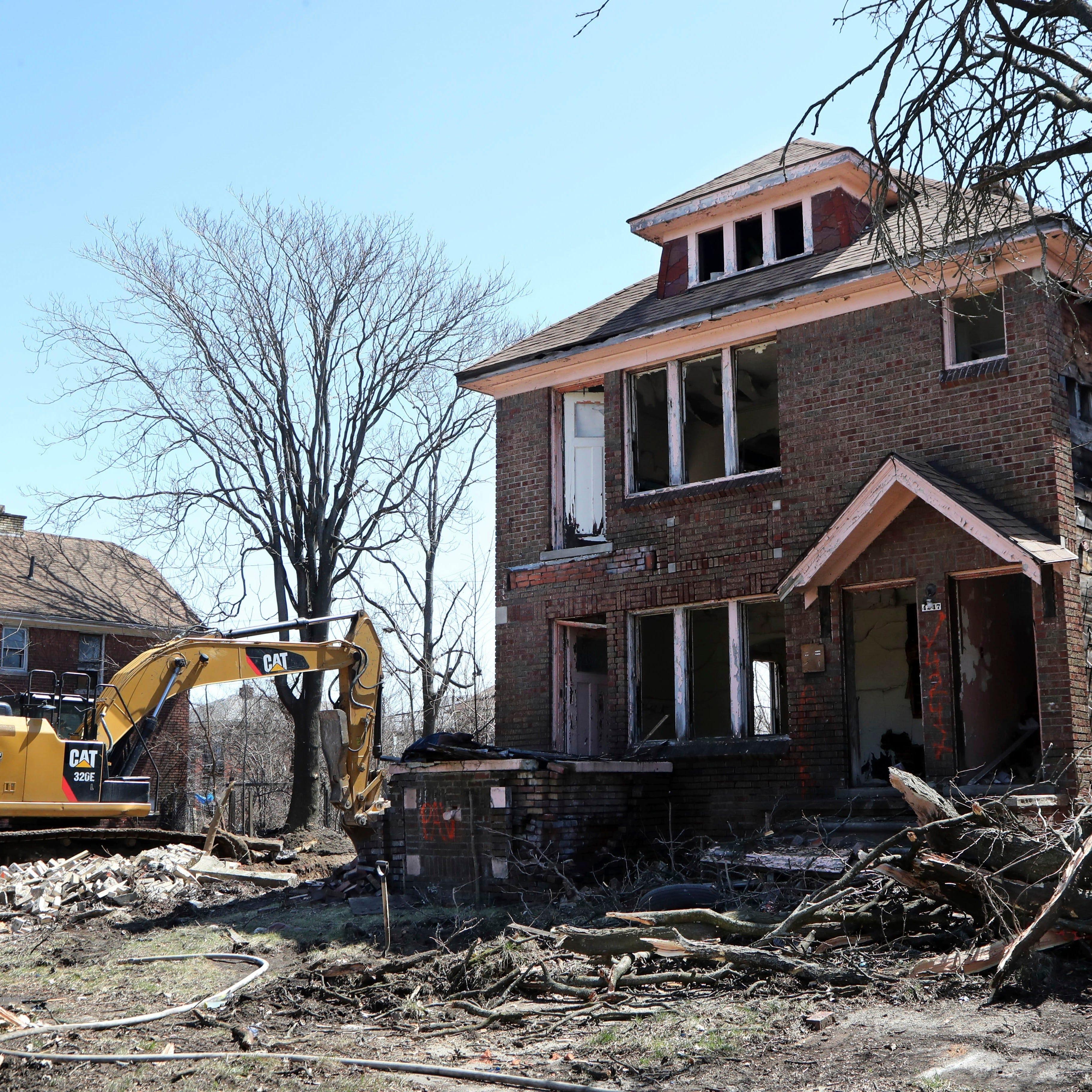 Detroit demolition worker accused of calling city workers N-word