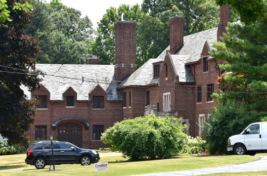 This is a mansion on Hamilton Road in the Detroit Golf Club Community.