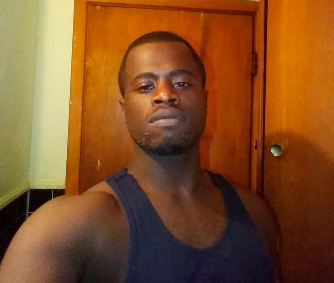 This image provided by Shreveport Police Department shows Tommy Lee Beverly Jr. Louisiana police are searching for Beverly, who reportedly stole a cellphone at gunpoint and then snapped few selfies on the device that uploaded to the rightful owner's cloud.