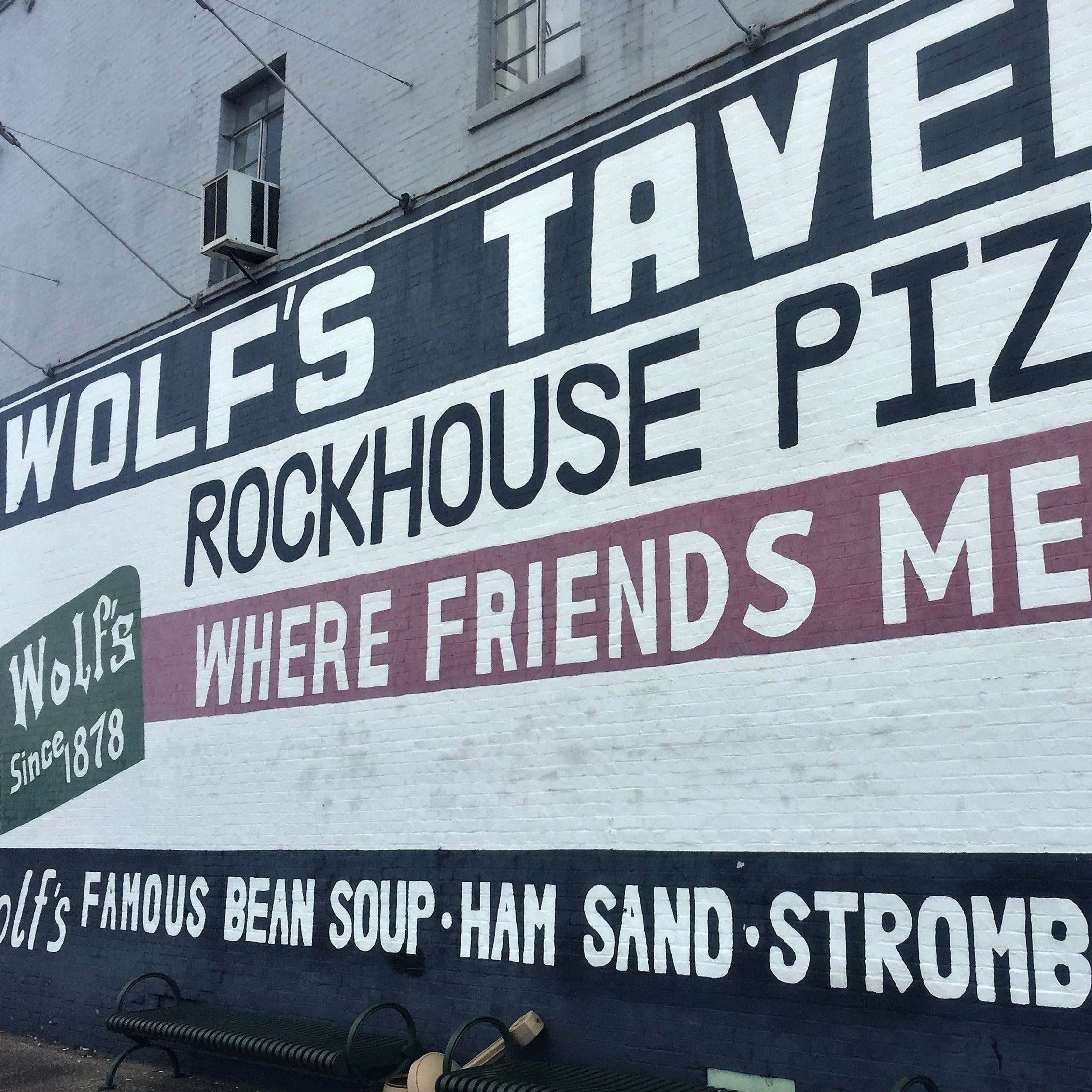 Rockhouse Pizza at Wolf's in Henderson moving to new riverfront home