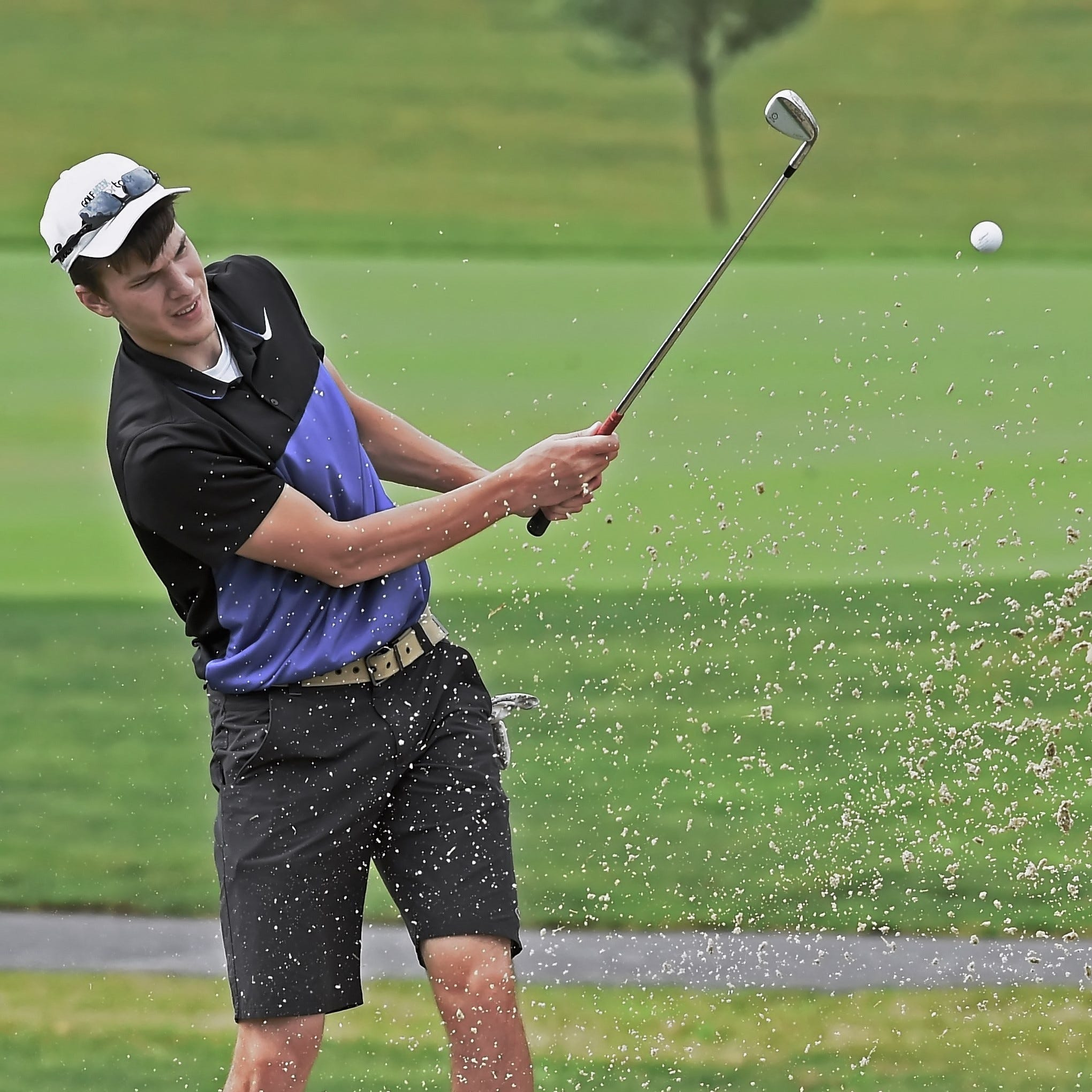 Matt Krause edges his former teacher at Men's City match play