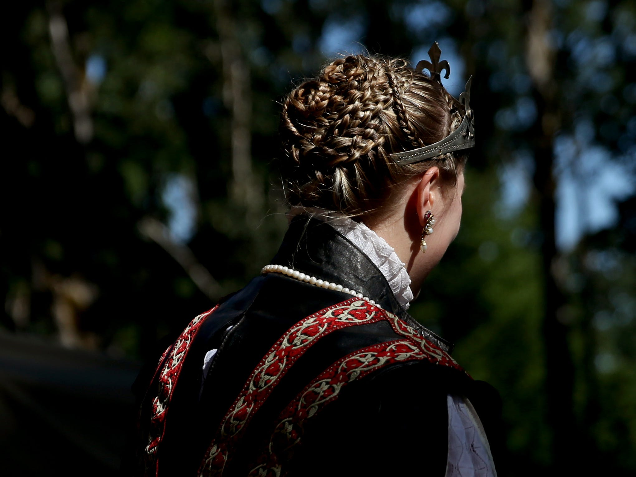 Alison White, of Wilsonville, plays Queen Elizabeth I during the Canterbury Renaissance Faire near Silverton on Saturday, July 21, 2018. The faire continues July 22, 28 and 29.