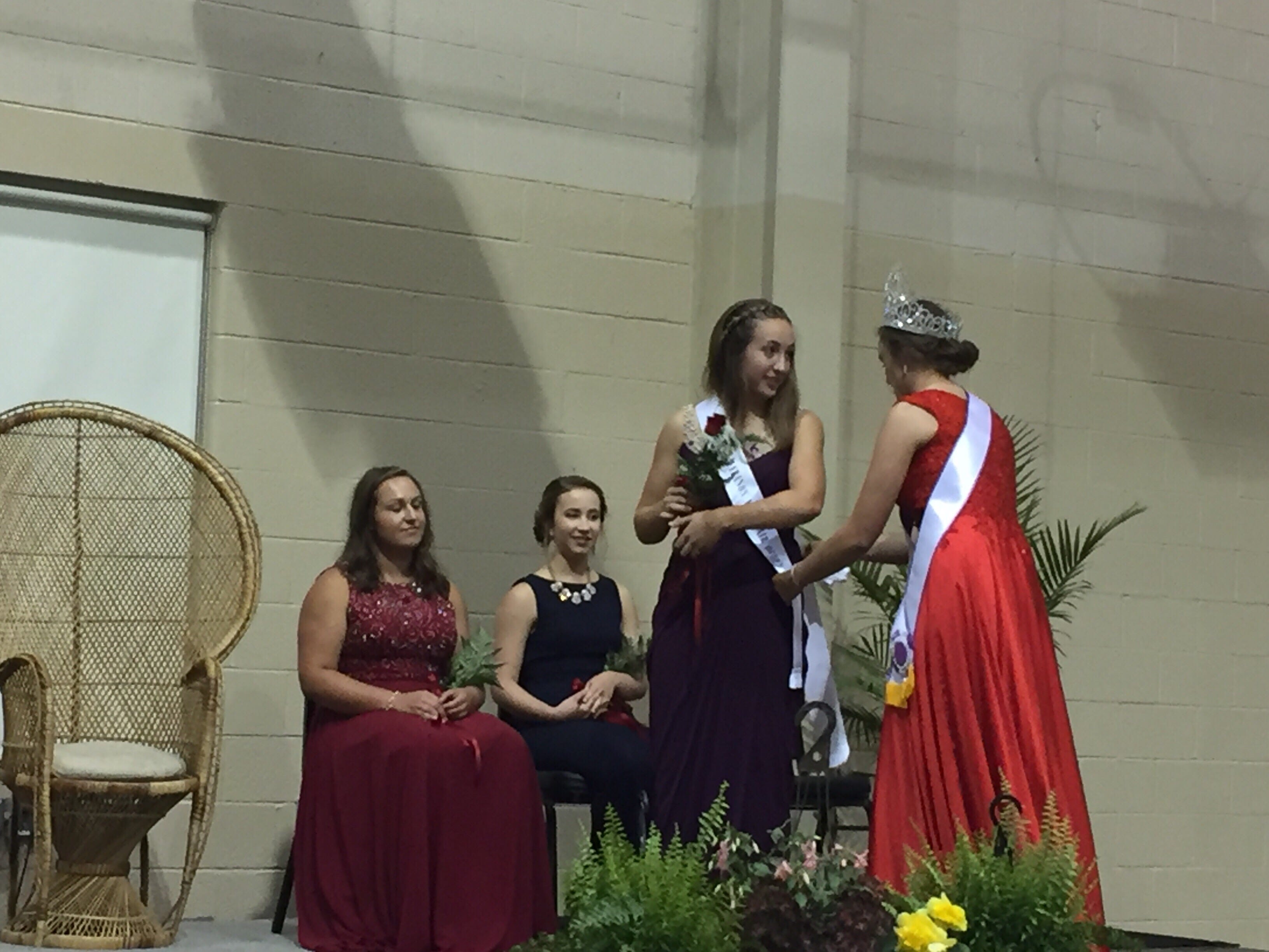 2017 Lebanon Fair Queen Liz Voight (right) crowns the 2018 alternate, Harper Sellers.