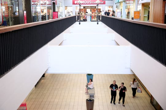 People walk through Salem Center Mall on Sunday, July 22, 2018. With a heat advisory issued Monday through Tuesday, the city of Salem offers cooling centers at the Salem Public Library or Center 50+.
