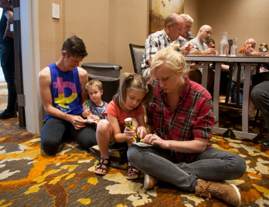 Drag Queen Bingo was a family-friendly event.